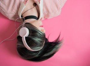 Ovplyvňuje hudba naše štúdium?